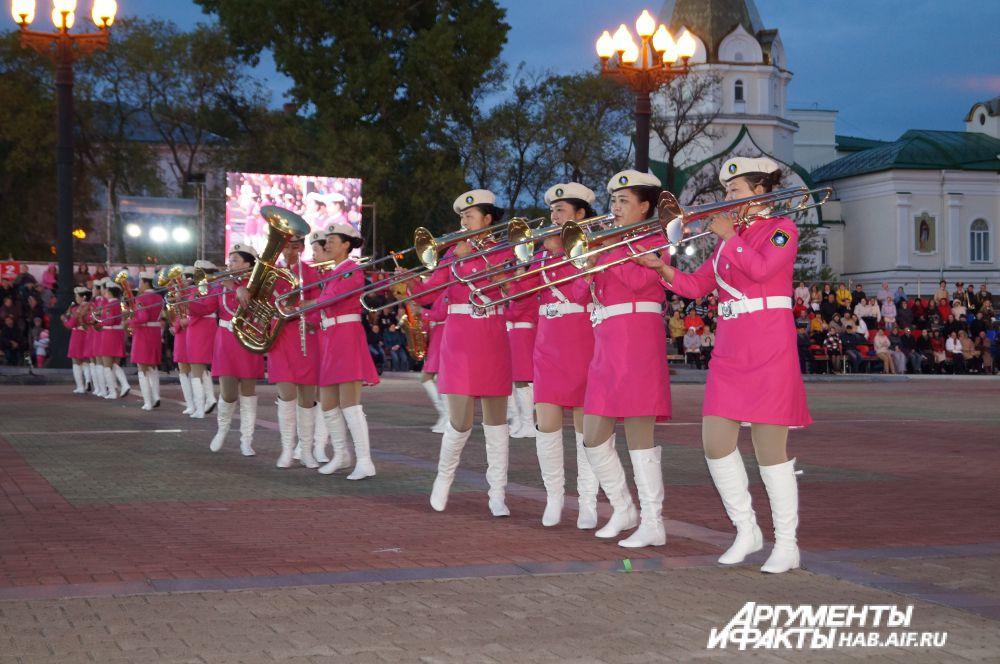 Женский духовой оркестр провинции Хэйлунцзян (КНР).