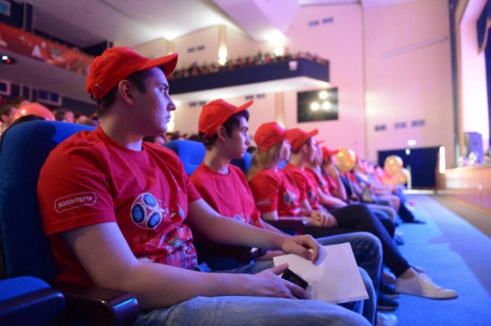 Еще свыше 1400 человек станут городскими волонтерами.