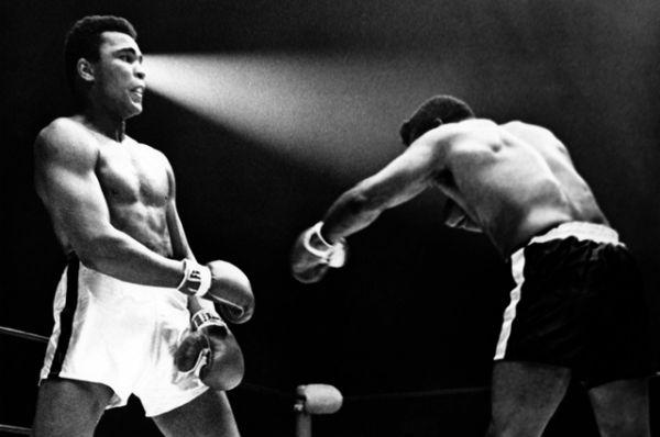 Бой Мохаммеда Али против Флойда Паттерсона в Лас-Вегасе 22 ноября 1965 года.