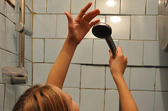 Без горячей воды на две недели остались потребители РТС «Цепрусс».