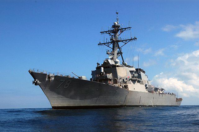 Американский эсминец USS Porter вошел вЧерное море