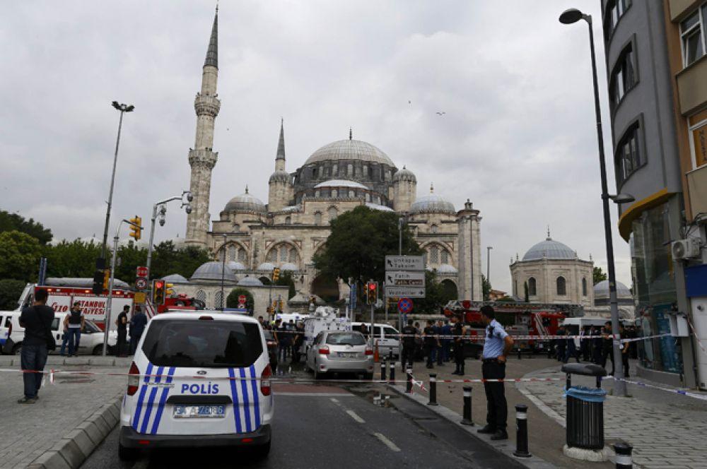 Районе Беязыт в Стамбуле, где прогремел взрыв.