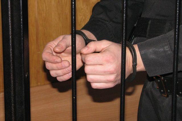 Полицейские задержали подозреваемого вразбойном нападении наотделение банка вНабережных Челнах