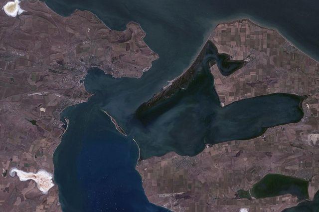 Ученые хотят осушить часть Керченского залива, для исследования античной стены