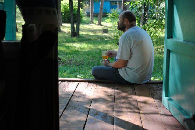 Если с утра вместо сигареты в руках чашка чая, значит, жизнь изменилась к лучшему.