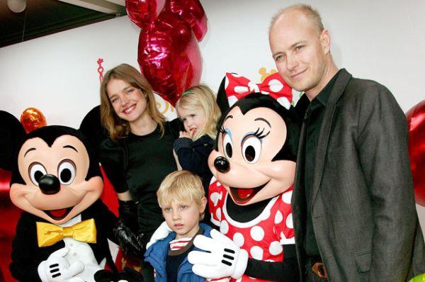 В 2001 году у пары родился сын Лукас Александр Портман. А в марте 2006 года Водянова родила второго ребёнка — дочь Неву Портман.