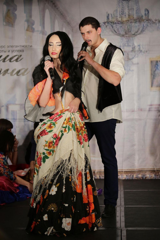 Участница под номером 3 - Елена Невенчанная, Ростов-на-Дону.