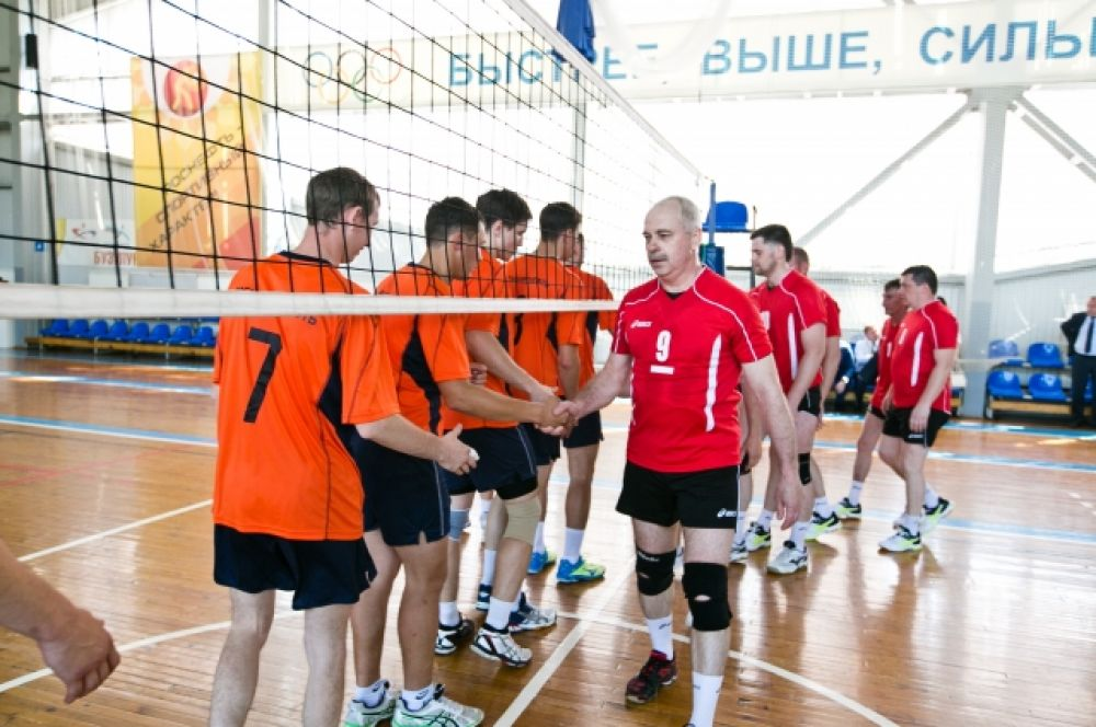 Трехдневный график состязаний был плотным: спортсмены состязались в мини-футболе, волейболе, баскетболе, настольном теннисе и легкой атлетике.