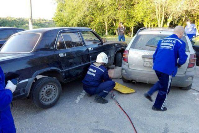 В дело пришлось вступить спасателям.