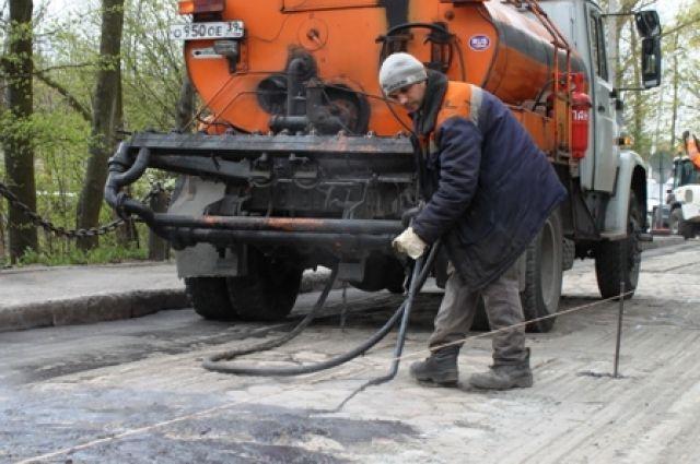 Подрядчик ликвидировал трещину на мосту на Аллее Смелых в Калининграде.