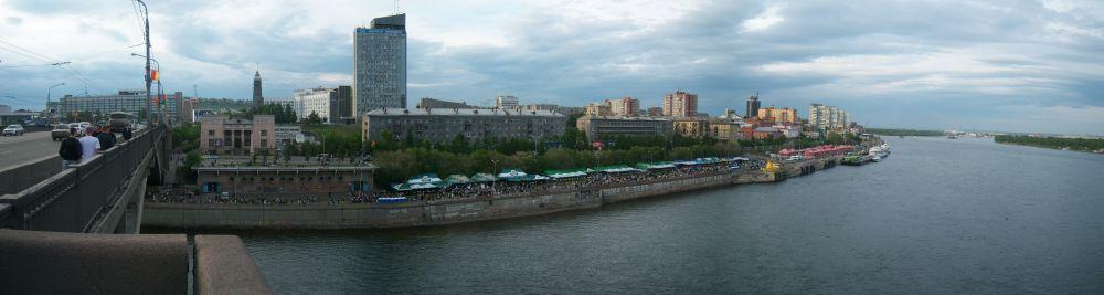 Вид с Коммунального моста в Красноярске