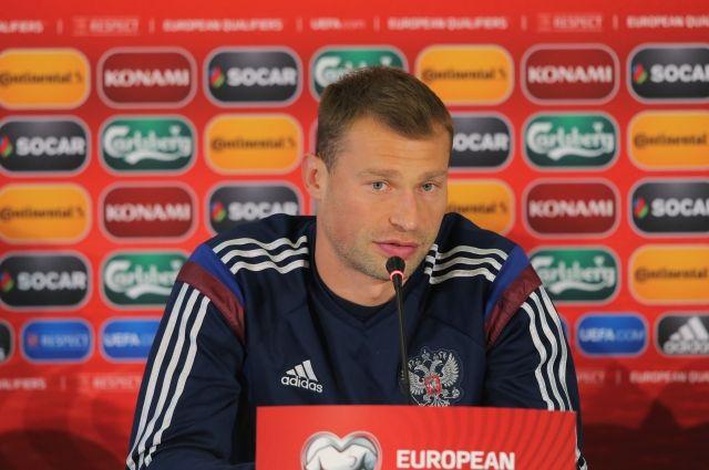 Василий Березуцкий.