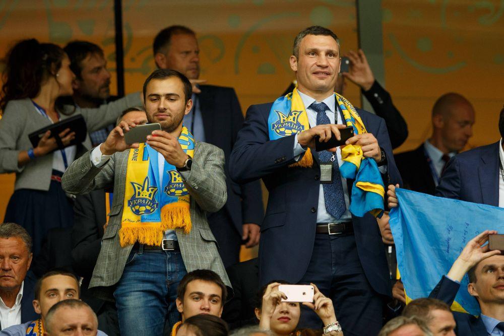Мэр Киева, Виталий Кличко, тоже присутствовал на этом матче.