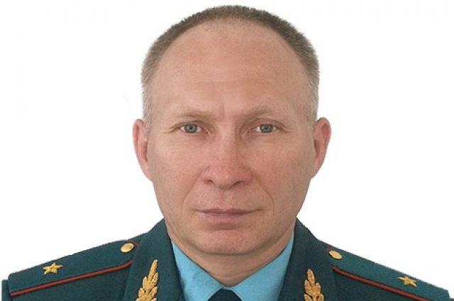 Генерал Иванов решением суда восстановлен вдолжности начальника регионального МЧС