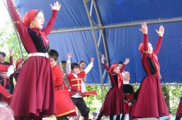 Праздник, посвященный Дню России, состоялся также в парке культуры и отдыха «Дружба».