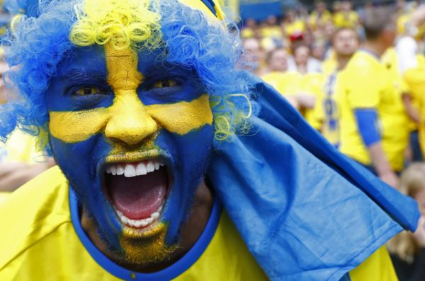 Шведский болельщик.