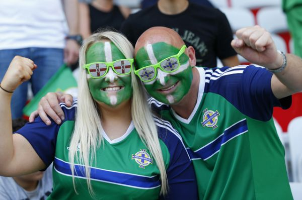 Фанаты сборной Северной Ирландии.