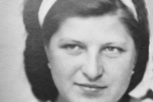 Юная Зина в неполных двадцать лет стала узницей концлагеря и одновременно активисткой лагерного подполья. Но этого страна в послевоенные годы не оценила.
