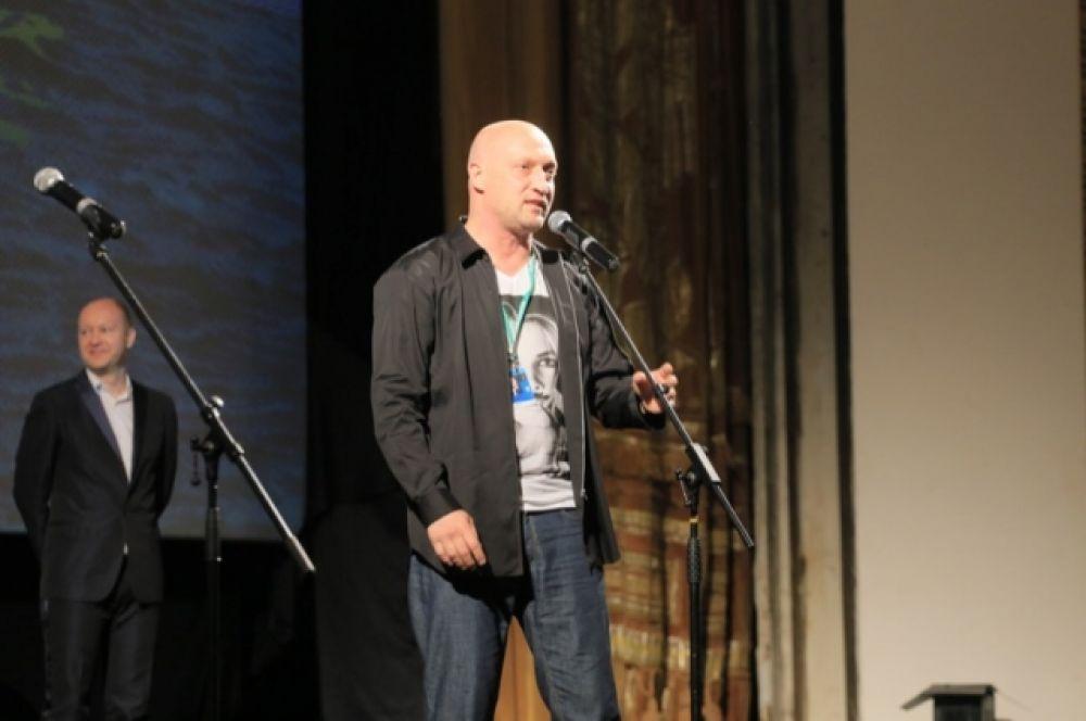 Гоша Куценко впервые попробовал себя в качестве режиссера и представил свой фильм «Врач».