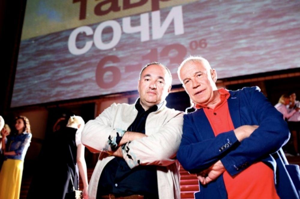 Президент кинофестиваля александр Роднянский и Сергей Гармаш.