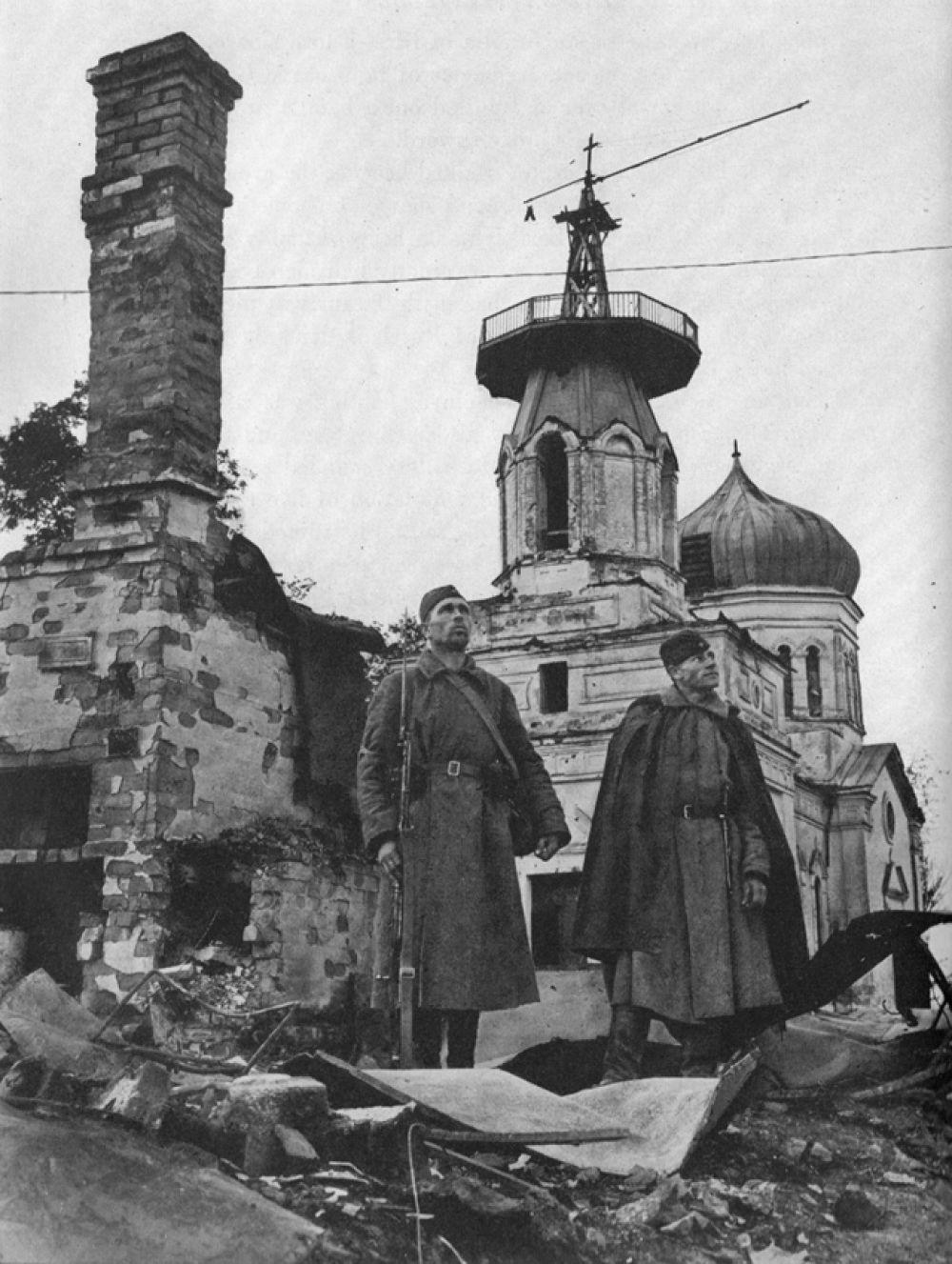 Она была единственным иностранным фотографом, который присутствовал в Москве во время нападения Германии.
