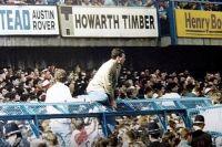 Футбольные хулиганы на стадионе «Хиллсборо» в 1989 году.