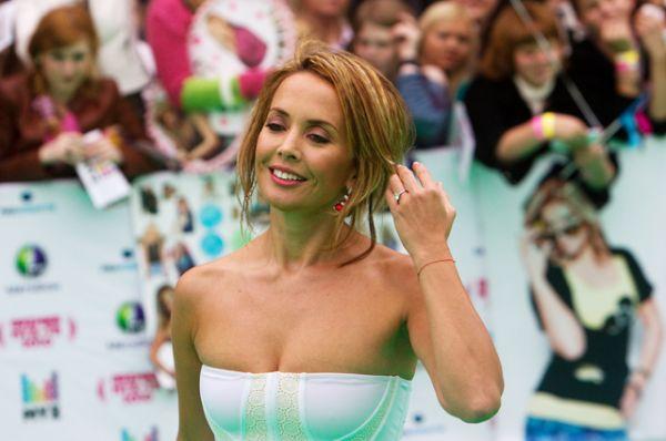 Певица Жанна Фриске перед началом церемонии вручения премии в области популярной музыки «Муз-ТВ 2010».