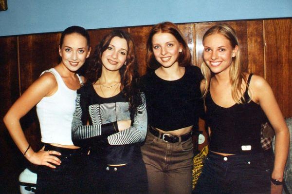 Жанна Фриске и группа «Блестящие».