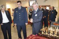 Ярослава Явора поразили роскошные шахматы, сделанные руками осуждённых. В Чехии таких не увидишь.