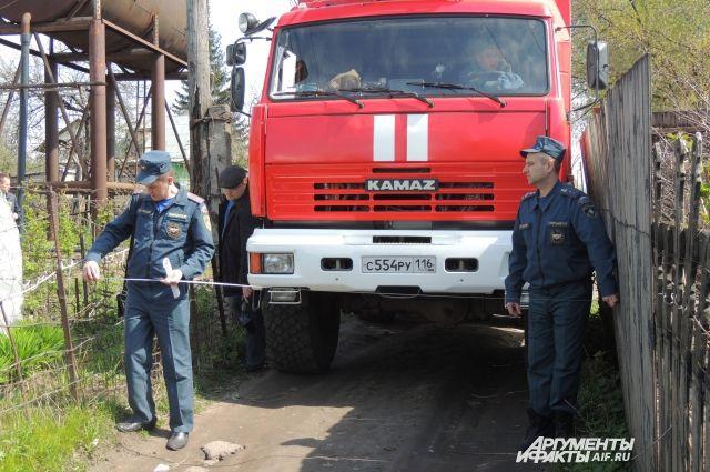 Спасатели приехали быстро и потушили детский сад.