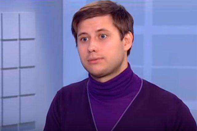 Артем Хромов.