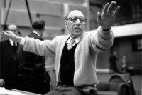 Композитор писал пьесы, фортепианную музыку, гастролировал по всему миру.