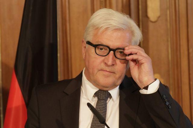 Руководитель МИД Германии назвал ошибкой учения НАТО уграниц РФ