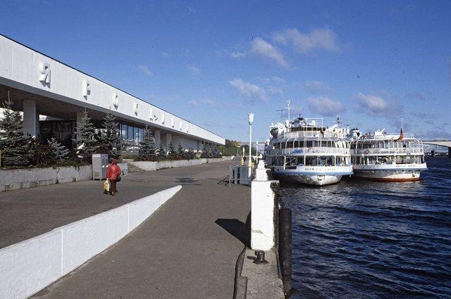 Речной порт Ярославля.