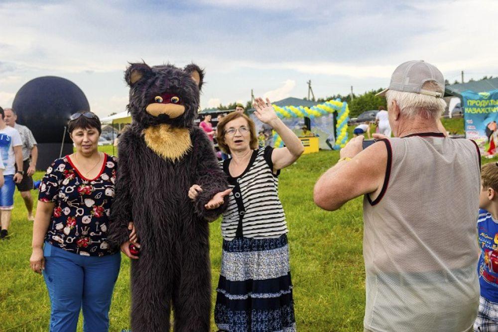 Медведь и его друзья.