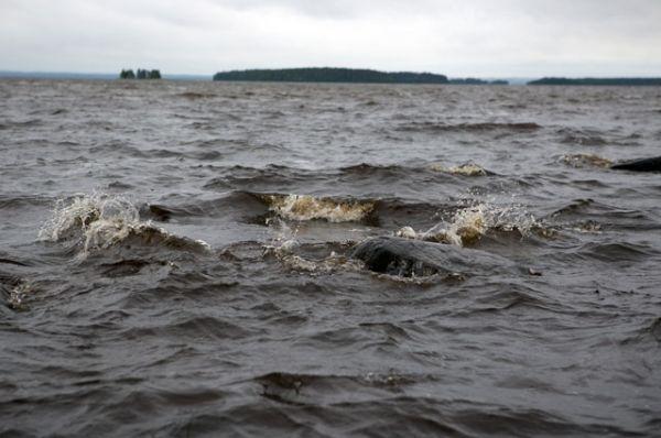 Озеро Сямозеро в Карелии.