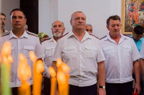 Троица – самый ликующий и радостный праздник православного года. Светлый и наиболее глубоко переживаемый верующими.