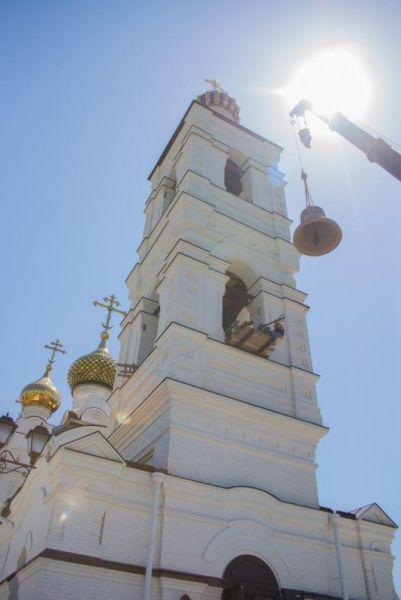 Свято-Троицкий – один из молодых храмов Волгодонска. Первый камень в его основание был заложен в 2009 году.