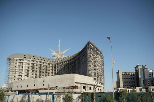 Недостроенный отель в Анталье.