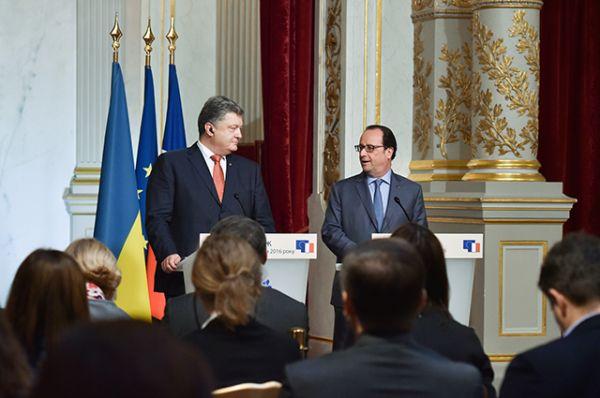 Обсуждали также и соблюдение Минских соглашений