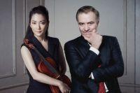Маэстро Гергиев, японская скрипачка Акико Суванаи.