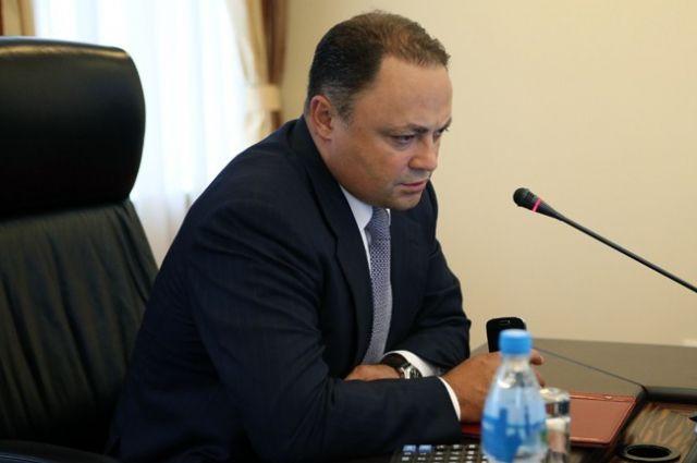 Суд арестовал имущество главы города Владивостока Игоря Пушкарева