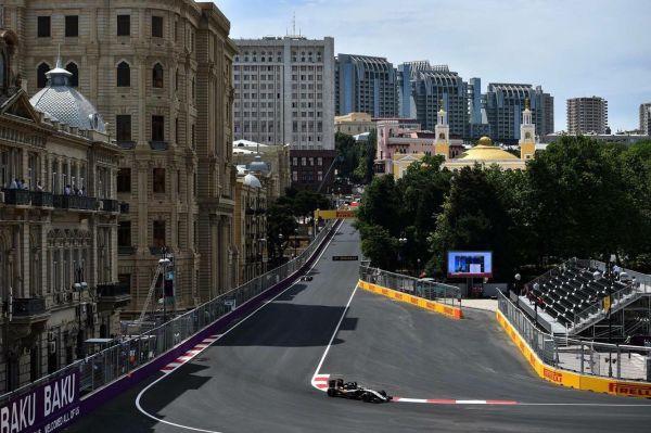 Baku City Circuit полностью городская, а значит, уникальная и зрелищная!