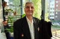 Василий Овчинников попал в Омск после службы в Германии.