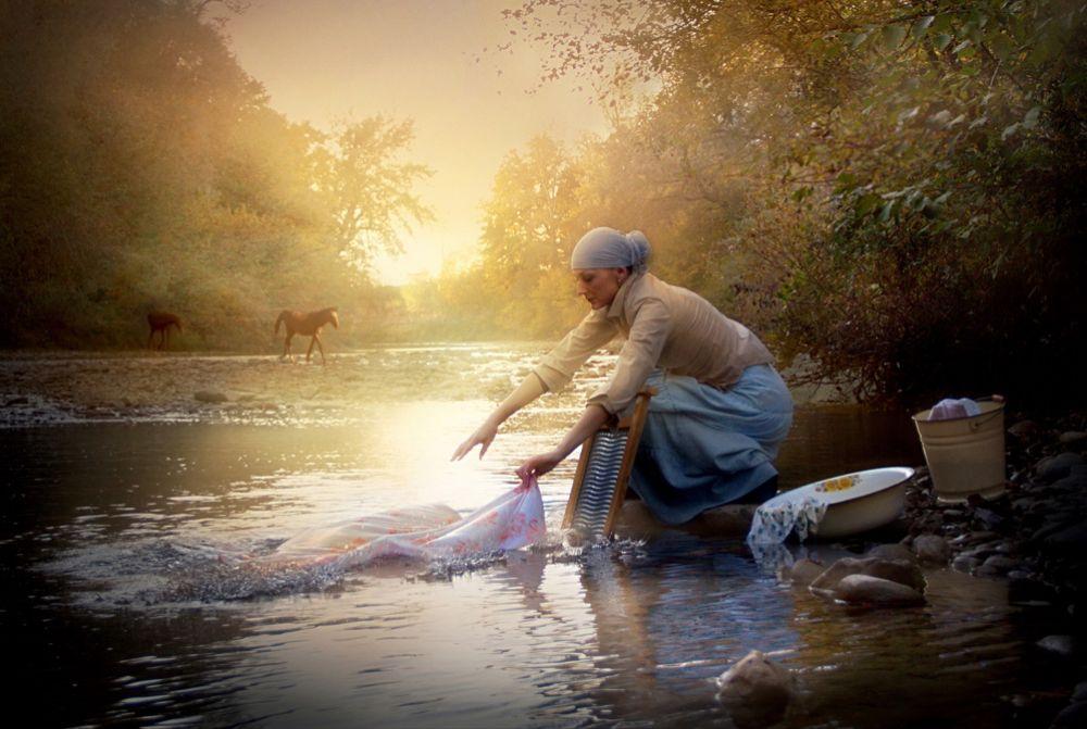 «У реки»