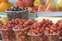 Если ежедневно съедать по шесть черешен, утром и вечером, можно втрое снизить риск сердечных заболеваний.