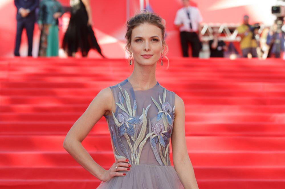 Актриса Светлана Иванова.