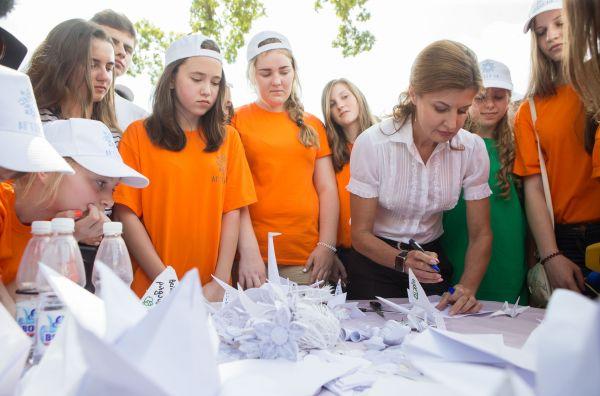 Вот и Марина Порошенко вписывает свою мечту