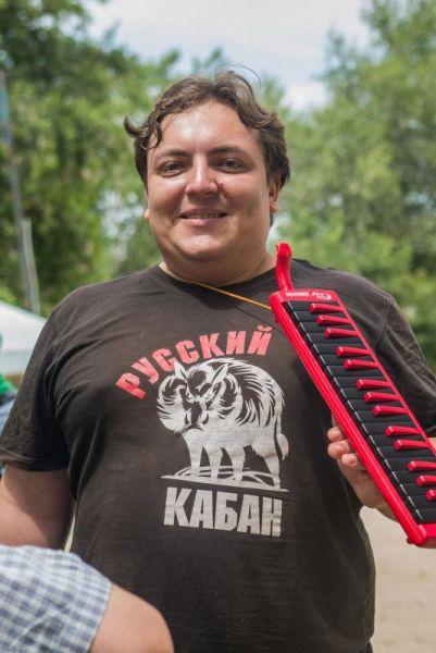 Гран-при в этом году получил автор и исполнитель из Каменска Владимир Бондарев.
