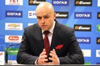 Евгений Корноухов останется тренером омской команды в новом сезоне.
